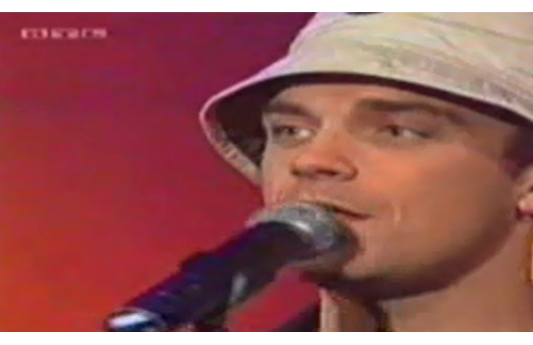 2001 - Juillet - TOTP - The Road To Mandalay